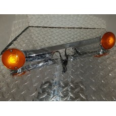 USED - 83 - 13 Touring Rear Signal light bar - amber lens - ID 2558