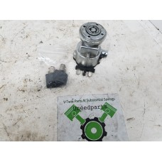 USED - Ignition switch with keys - ID 3143
