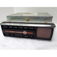 USED - 2005 FLHTCUI Radio AM/FM/CD - display lights not perfect - OEM 76146-04 ID 0822